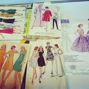 Sewists: my stepmom Cindy is hooking me up, yo! Vintage pattern awesomeness.