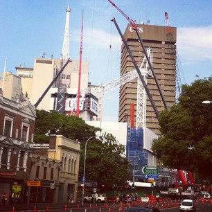 Wow. 5 cranes at UTS for the salvage operation!