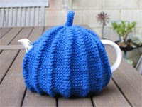 Ribbed Tea Cosy
