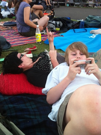 Reecie and Lucas - Opera in the Domain 2011